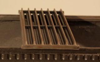 Популярная решетка из чугуна для приготовления стейков на мангале, разберем в чем ее преимущества и недостатки