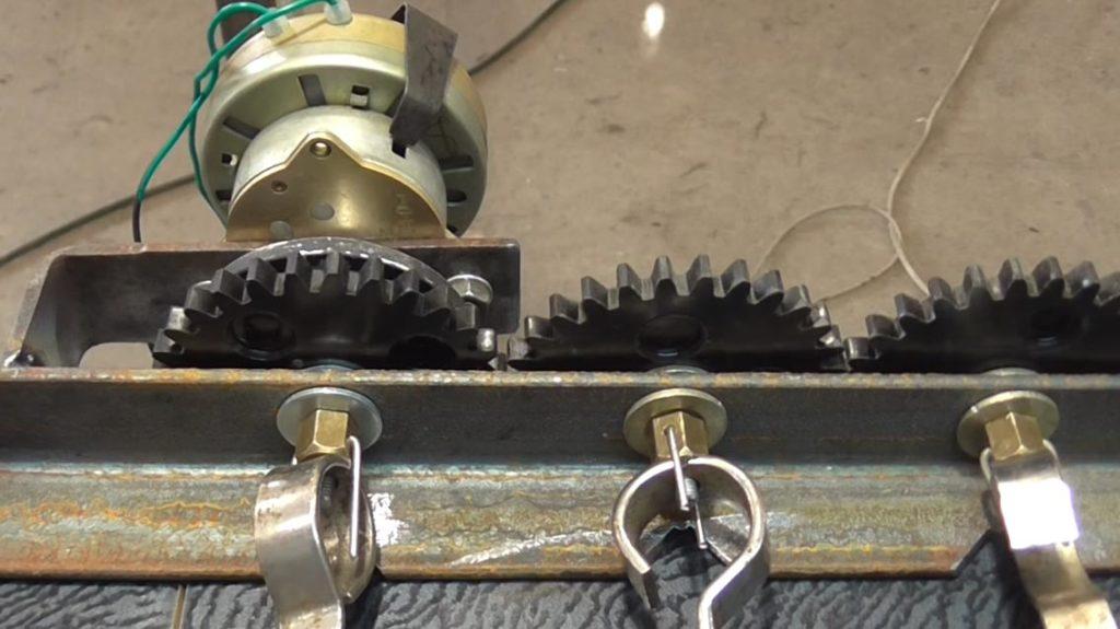 Шестеренки электрического мангала